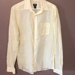 Men's casual button down shirt. Light. MD. Yellow